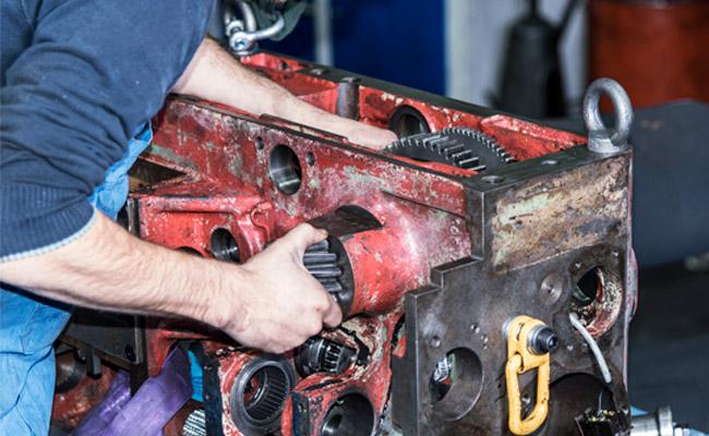 EDM Technik GmbH, Montage, Wartung von Werkzeugmaschinen